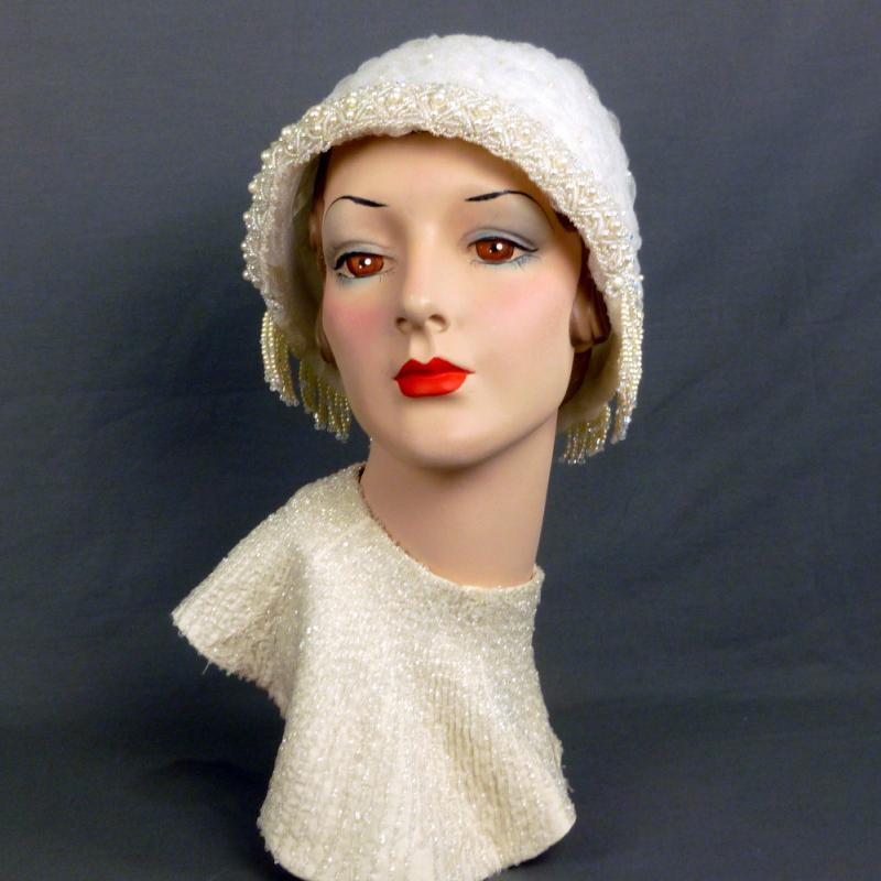 1920s-1930s bridal cloche in crin, beads, pearls and crystals
